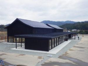 木粉工場の横にクールな木造建築登場! ~那賀町林業ビジネスセンター~